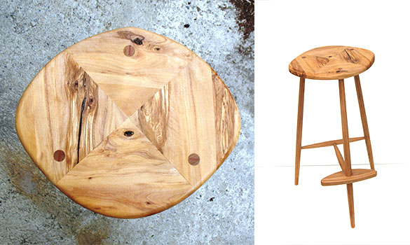 Bar stool in wood
